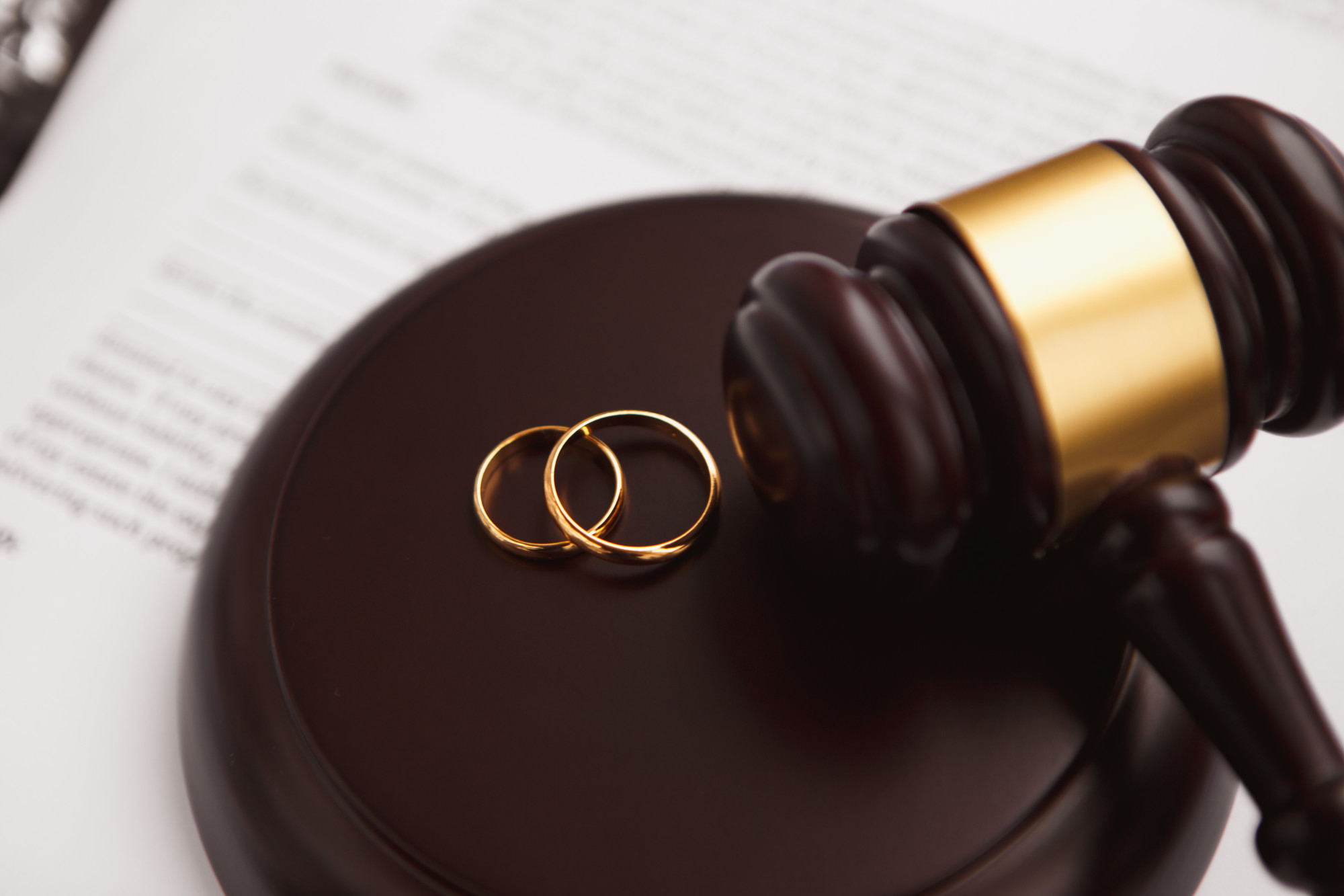 divorce ligation vs divorce mediation in family law